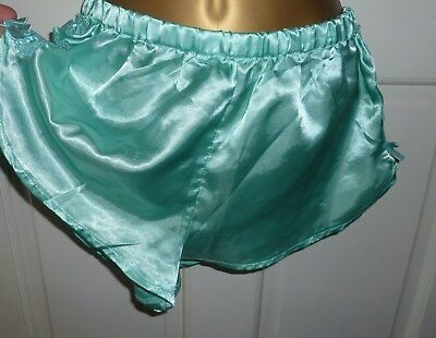 Vintage Jolinesse Green Slithery Liquid Satin Shorts Knickers Size 10-12