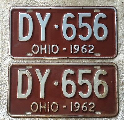 Good solid Vintage Pair Of 1962  Ohio License Plates  Lot Of 2 FREE SHIPPING