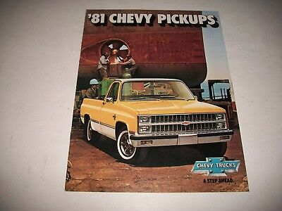 "1981 Chevrolet  ""chevy Pickups"" Sales Brochure C10-C30 K10-K30 Gm Canada Issue"