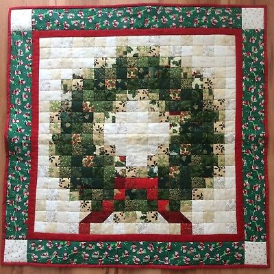 Patchwork Christmas wall hanging
