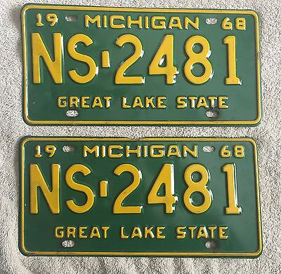 Good Solid Pair Of 1968 Michigan License Plates Lot Of 2 FREE SHIPPING