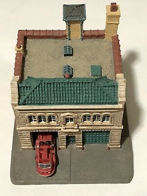The Danbury Mint Charlotte NC Fire Station No. 6 Classic American Firehouses