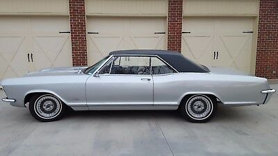 1965 Buick Riviera Base 1965 Buick Riviera-401 cu.in.--Restored-Original-Second Owner--A/C--Vinyl Roof