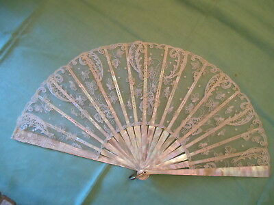 Antique MOP hand made lace fan pink/green MOP eventail ventaglio abanico