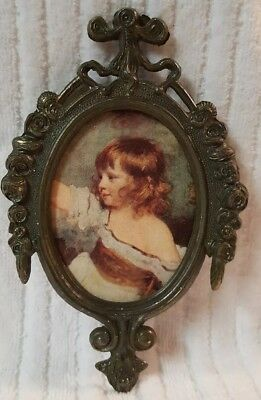 VINTAGE Small Ornate Oval Metal PICTURE FRAME Girl Made in Italy