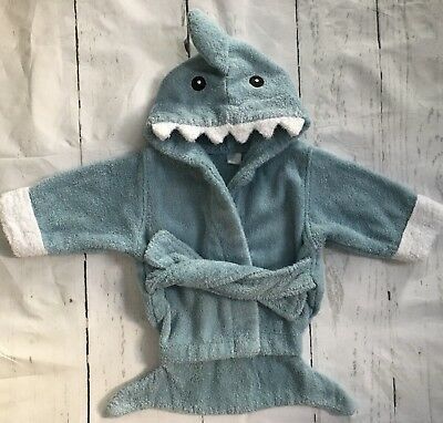 Robe Size 0 - 9 Months Shark Baby Boys Girls Gray Terry Cloth bathrobe Ocean Sea
