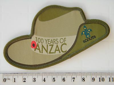 Scouts - ANZAC 100 years badge - Army slouch hat with Scout logo & poppy