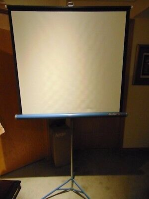 DA-LITE Flyer 40 X 40 MOVIE & SLIDE PROJECTION SCREEN Tripod Original Box