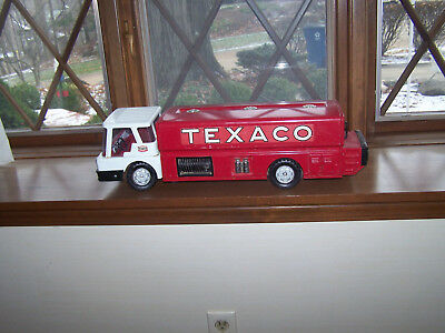 VINTAGE Toy Texaco Jet Fuel Truck 1960'S   Made in USA