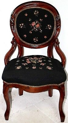 ANTIQUE CARVED MAHOGANY 1890's VICTORIAN BALLOON BACK NEEDLEPOINT SIDE CHAIR.
