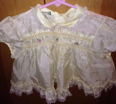 Vintage 60's DUETS By Little Craft Pale Yellow Baby Girls Dress With White Lace