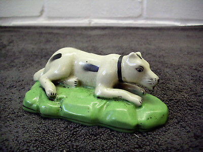 "Antique Vintage Staffordshire Style Laying Hunting Dog Figure Ornament 5"" Long"
