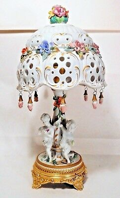 Beautiful Italian Cherub Lamp in porcelain porcellana - Capodimonte Italy