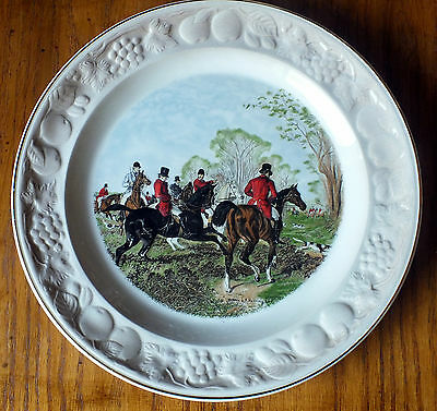 """Vintage ROYAL WORCESTER Palissy The Herring Hunting Scenes Plate """"Off the Draw"""""""