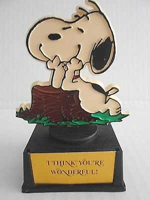 "Aviva SNOOPY Award / Trophy ""I THINK YOU'RE WONDERFUL""  Hong Kong Dated 1971"