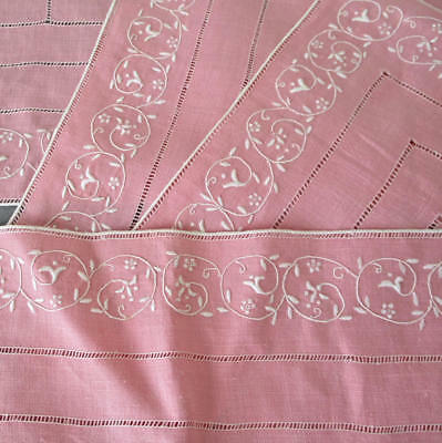 4 Vintage MADEIRA Pink Linen Hand Embroidered PLACEMATS Scrolls FLORAL Drawnwork