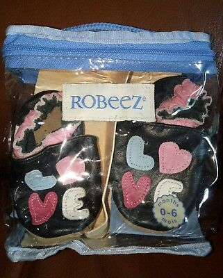"""""""Robeez"""" infant shoes 0-6 months. Soft breathable leather. Made in Canada. NWT."""