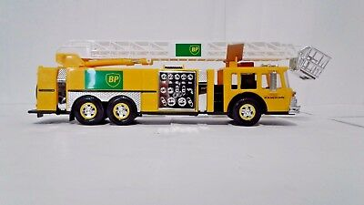 New BP Aerial Tower Fire Truck 1996 Collector Edition Authentic 1:35 Scale NIB