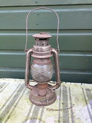 Webster's Feuer hand Lamp