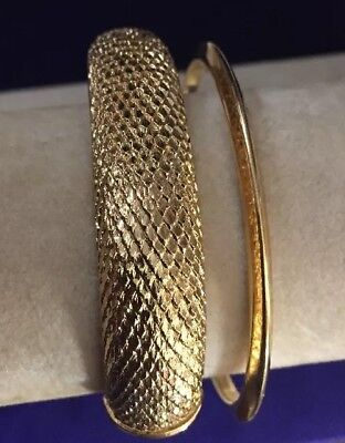 5530684317582 VINTAGE SIGNED MONET Plain Gold Tone BANGLE Bracelet - $23.38 | PicClick