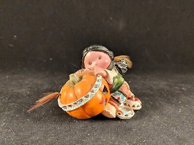 """Friends Of A Feather """"Smile Carver"""" Enesco"""
