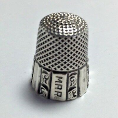 No 1504-02,Antique Ketcham & McDougall Sterling Size 7 Scrolled Columns Thimble