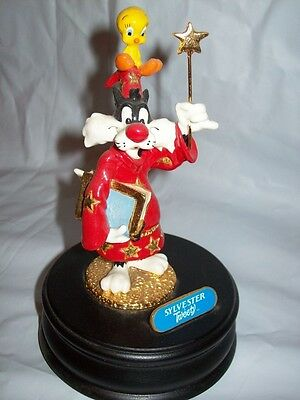 WB Looney Tunes Ron Lee Sylvester Tweety Magician Music Box Figurine