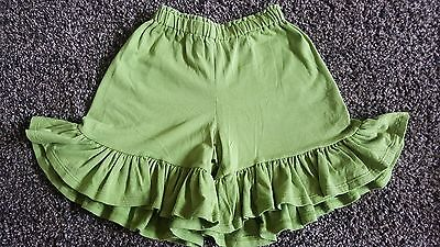 Persnickity ruffle fall shorts sz 3 BTS Boutique
