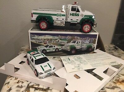 2011 HESS GASOLINE Toy UTILITY TRUCK w/ RACER LIGHTS UP & SOUNDS New In Box