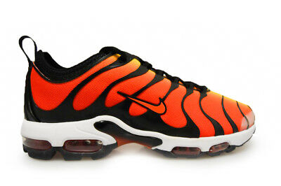 new concept e6bd3 7b0a6 Hommes Nike Air Max Plus TN Ultra - 898015 004 - Tigre Noir Tour Orange  Jaune