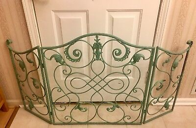 Vintage Tuscany Style Cast & Wrought Iron Acanthus Leaf Fireplace Screen