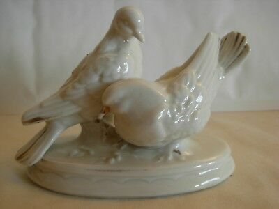 A Vintage Small  German Porcelain Figurine  Of 2 Pigeons