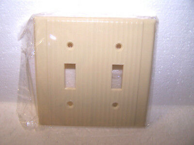Vintage Two Gang Toggle Switch Plate Cover Ivory Ribbed Leviton Light Wall 2 Usa
