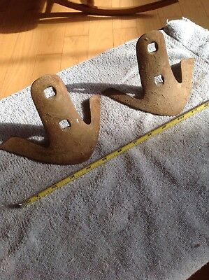 2 Small Vintage Iron RUSTY PLOW BLADES Tractor Farm Primitive Decor Cultivator
