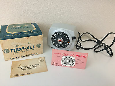 Vintage Intermatic Automatic Time-All Lamp Appliance & Light Timer Model A921-6