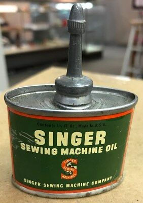Vintage Singer Sewing Machine Oil Can - 1950's  (P023)