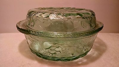 Libbey Embossed Orchid Fruit Baking Round Casserole Serving Dish Lid Green Glass