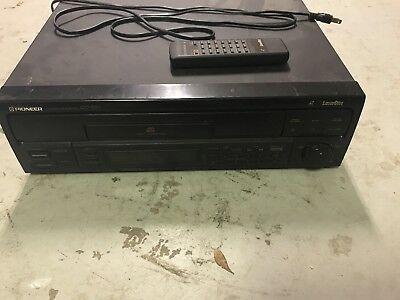 Pioneer Laserdisc Player CLD-S250 With Remote and 4 discs.