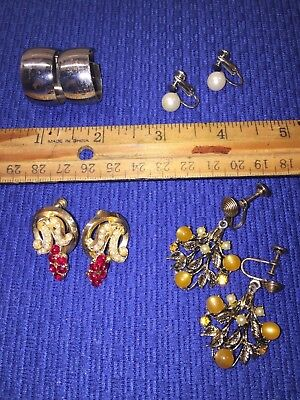 Vintage Lot of 4 pairs Screw-On Earrings Assorted
