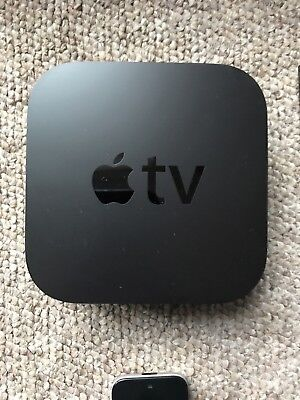 Apple TV - 4th Gen - 32 GB - Original box and cables - mint condition