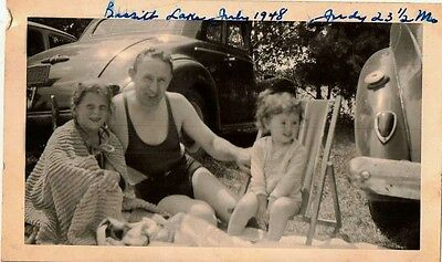 Antique Vintage Photograph Dad With Two Girls Bassitt Lake Antique Cars 1948