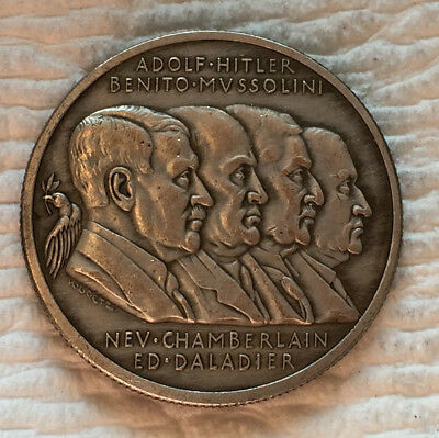 RARE 1938 WW2 Token Coin with Adolph Hitler, Mussolini, Chamberlain, Daladier