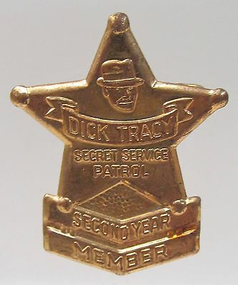 1939 DICK TRACY 2nd YEAR MEMBER BADGE Quaker Cereal premium radio show HI GRADE