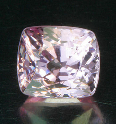 SPINELL        tolle  Farbe      1,00 ct