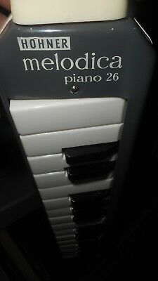 Hohner Melodica piano 26-Made in Germany-Blechgehäuse- TOP Zustand-Mit Koffer