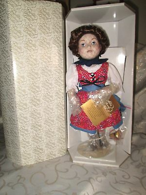"""Franklin Mint """"Heidi"""" from The Fairytale Dolls Collection *NRFB"""