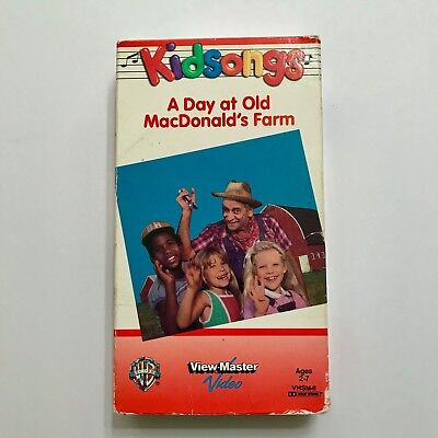 Kidsongs VHS Tape A Day at Old MacDonald's Farm 25 Minutes Video 1985