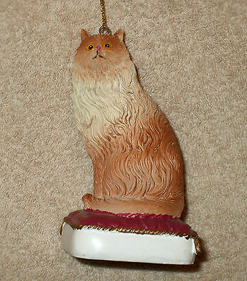 Painted Resin PERSIAN CAT ON PILLOW Christmas Ornament - NEW