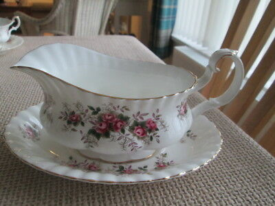 Royal Albert Lavender Rose Gravy Boat & Stand