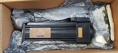 New!!!  Kollmorgen B-406-D-23-630 Goldline Servo Motor 230V 2500Rpm 18.6/52.9Nm